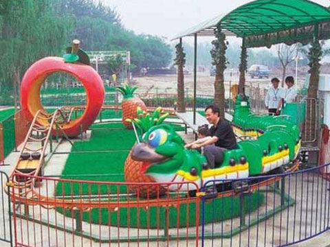Small green worm roller coaster for kids